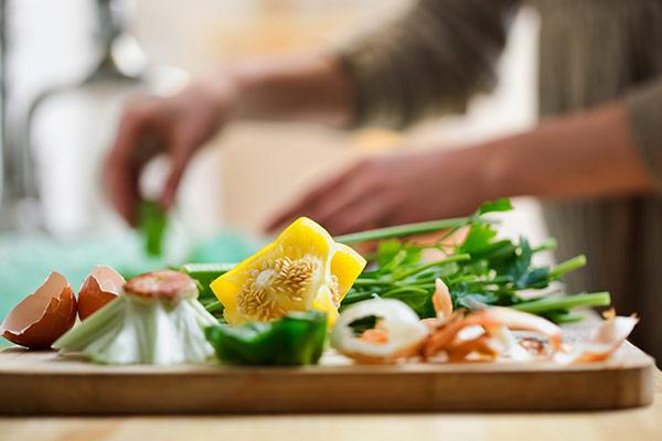 Biomüll Im Sommer Küche : Biomüll mehr als angebote fotos preise ✓ mülleimer grüne